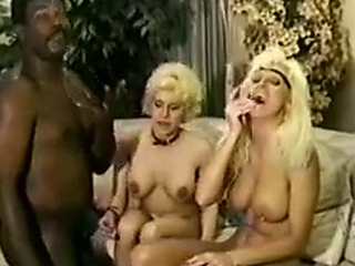 Retro Interracial threesome