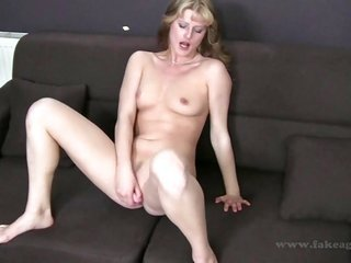 cutie chick is hustling her snatch hole with her lascivious fingers to get wet