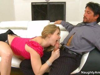 Sunny Lane is on the way to the height of fruition with inviting sir Tommy Gunn