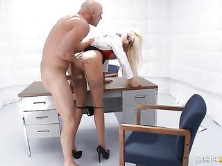Rikki Six with gigantic whoppers as well as Johnny Sins live it up fuck session they will never forget