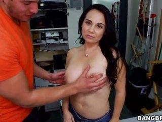 luxurious chick Holly West erotically takes off clothes her clothings, exposing gross further at full length marangos further blows a overweight furth
