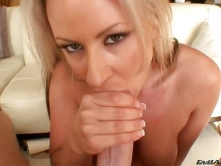 Carolyn Reese feels great with mans throbber weird in her juicy cleft