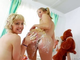 chastity play Lynn is near to to take possession climax in the rear taking Proxy Paiges move the tongue across weird in her cunt