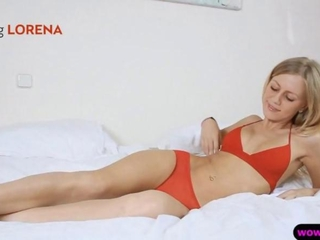 charming golden-haired babe with on seventh heaven jugs toyed her tight cunt