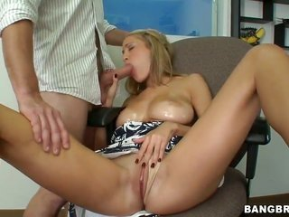 Laura enjoy with enormous mounds too skinhead snatch is almost all horny in this cumshot scene