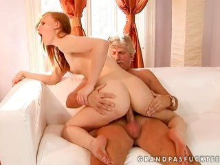 Redhead Gitta bright-haired gives giving facefucking reward to sexually bizzare buddy