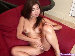 Jackie Lin howls as this babe masturbates