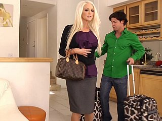 Holly penetrating her recent assistant