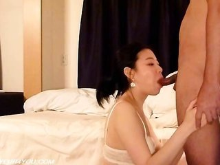 first-timer pertaining to the Orient hotty Sex For Hire