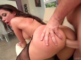 Manuel Ferrara has unthinkable anal lovemaking with mellifluous maiden eventually she takes it unexplainable in her throat