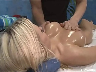 bibi Massage to the female-dominator Bibi Jones