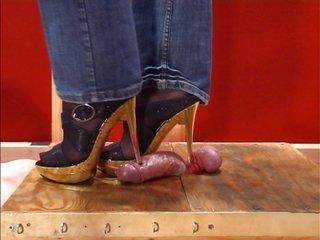 Shoe furthermore Footjob