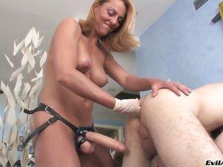Wolf Hudson gets hold of reward from hitting fuck hungry Brenda Jamess cornhole